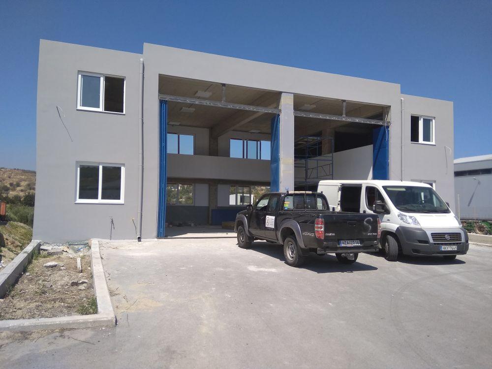 Βιοτεχνικό κτίριο στη Φοινικιά